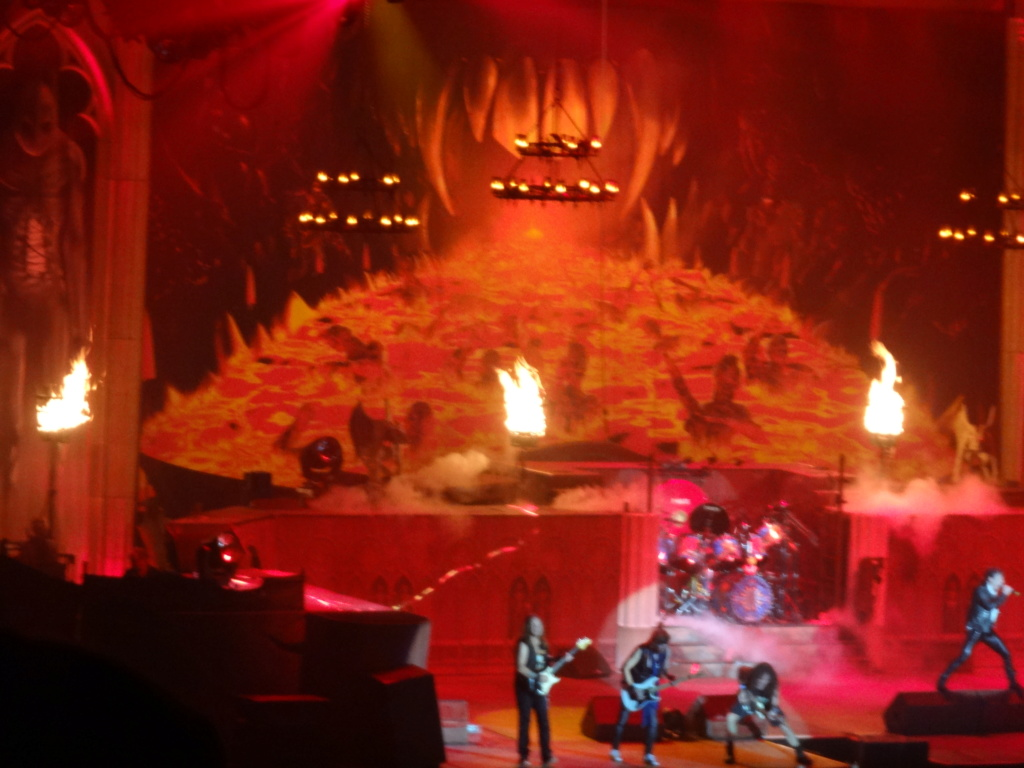 IRON MAIDEN : Paris, AccorHotels Arena, 6/7/18 Dsc03033