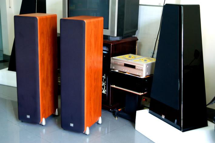 Studio L890  Front-10