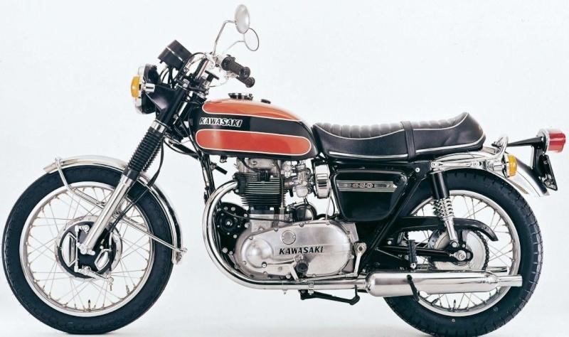 K En Terrasse La Kawasaki W 800