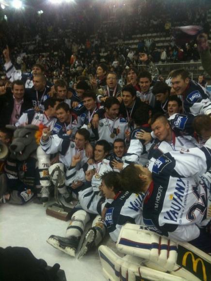 La ligue Magnus (hockey sur glace, France) - Page 8 Bruleu10