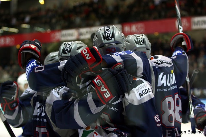 La ligue Magnus (hockey sur glace, France) - Page 7 Grenob11