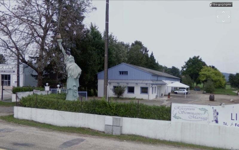 Statue de la Liberté = les répliques découvertes grâce à Google Earth - Page 3 Rava_b11