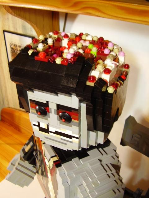 [Lego] Coup de cœur: Maxifig' Zombie P5090013