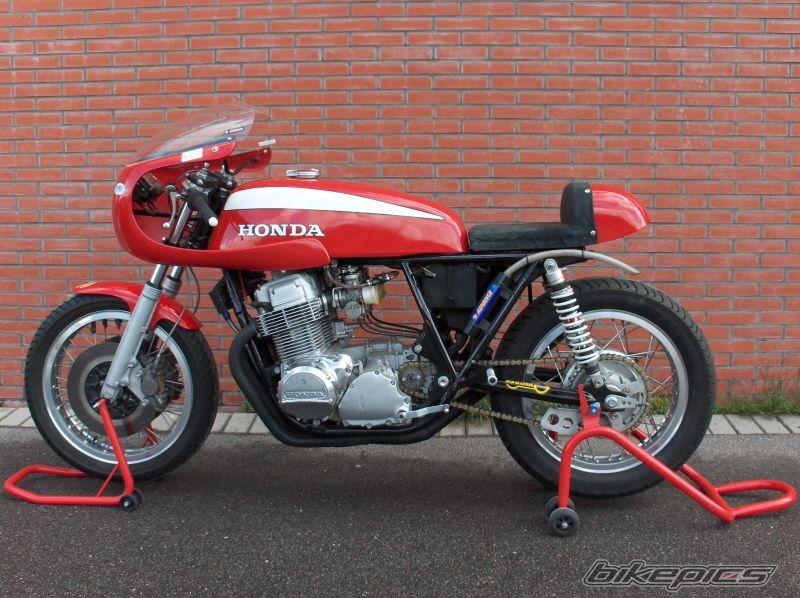 ATTENTION C'EST BEAU : Honda CB750 Café Type Motorimoda Bikepi13