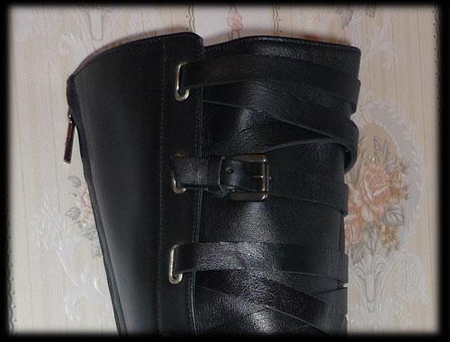 Bottes et escarpins en pagaille Zara310