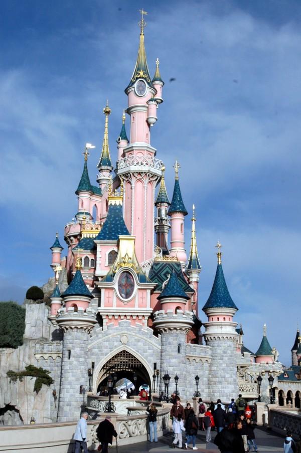 Le château de la Belle au Bois dormant à Disneyland Paris Le-cha10