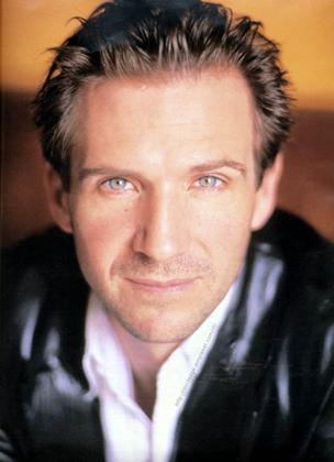 Ralph Fiennes (Lord Voldemort) Ralph_10