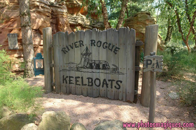 River Rogue Keelboats à Disneyland Paris River_10