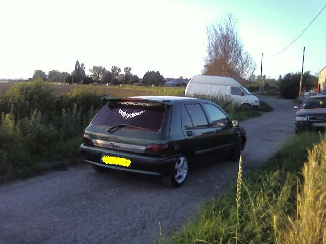 La crue de la Loire 2/11/08 m'a volé ma clio... Clio_c12