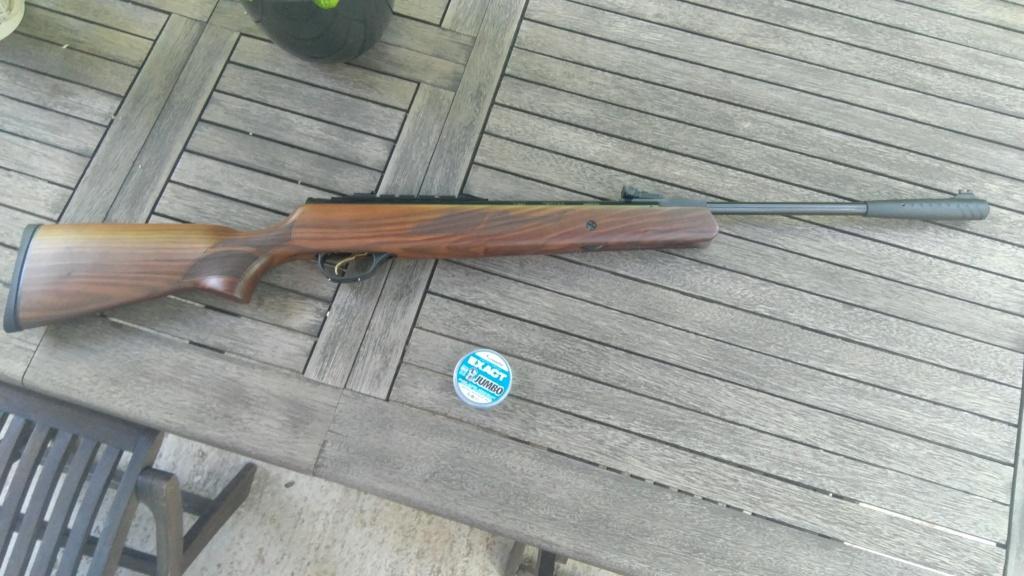 Avis  carabine autour de 200€ - Page 3 Img_2010