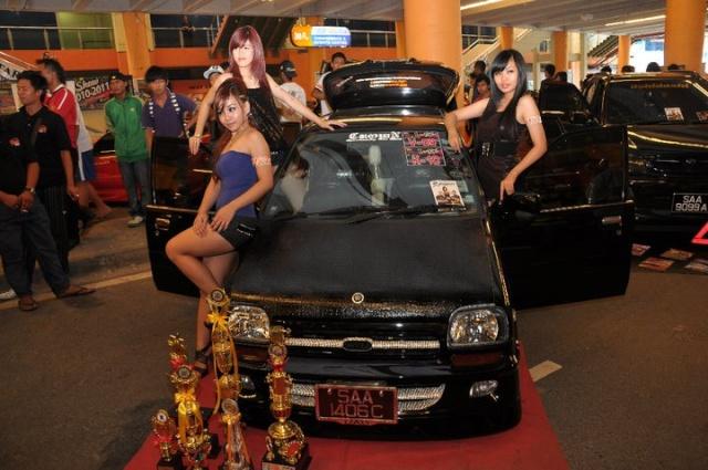 East Malaysia NO 1 Auto Show 2010 & 2011 47663_10