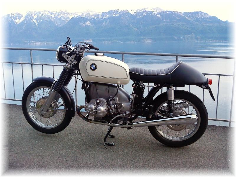 C'est ici qu'on met les bien molles....BMW Café Racer - Page 3 Dsc00012