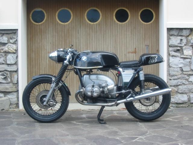 C'est ici qu'on met les bien molles....BMW Café Racer Racerr10