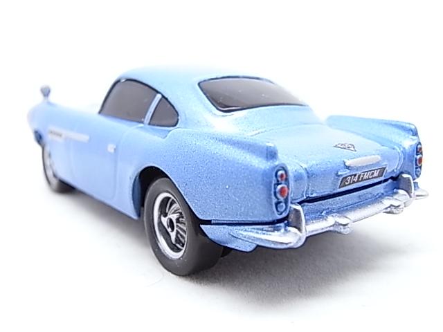 [Cars 2] Finn McMissile R0010311
