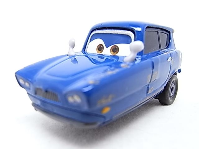 [Cars 2] Récapitulatif des personnages R0010418