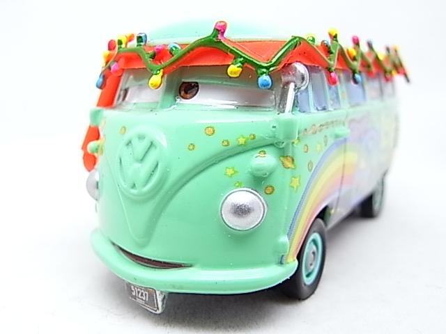 Filmore saves Christmas - Hooman (FL) - Grem (Cars 2) R0010610
