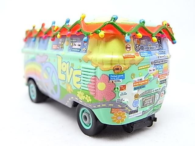 Filmore saves Christmas - Hooman (FL) - Grem (Cars 2) R0010612