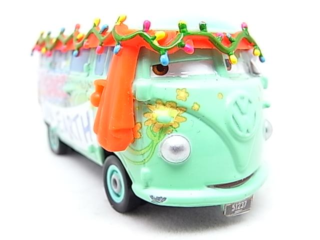 Filmore saves Christmas - Hooman (FL) - Grem (Cars 2) R0010713