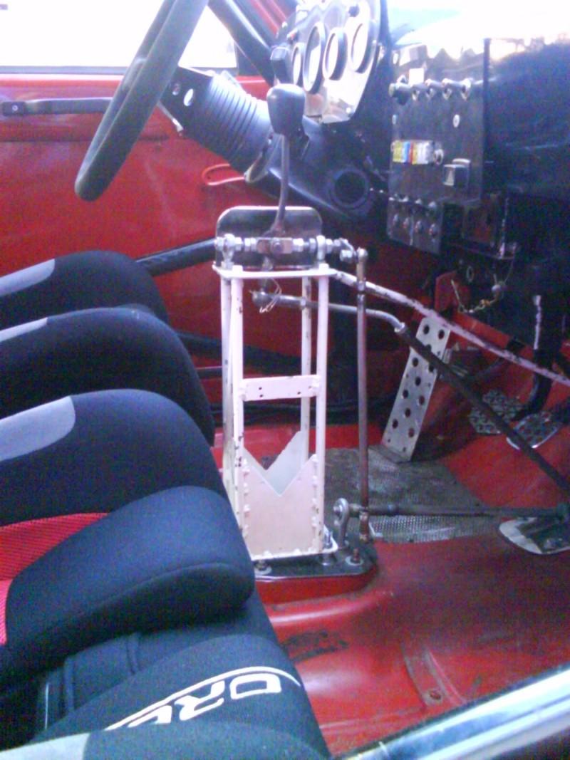 montage du levier de vitesse rehaussé Dsc00024