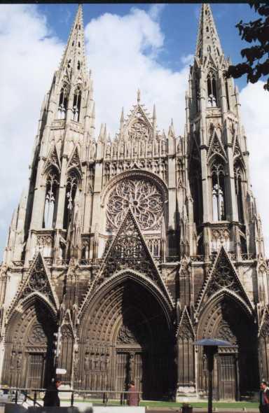 Edifices religieux - Page 5 Rouens10