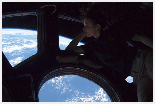 [Soyouz TMA-18] Fil dédié au retour sur terre 25.09.2010 - Page 2 Dayson10