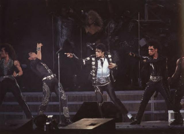 Michael et les Grands Hommes de ce monde Bad_to11