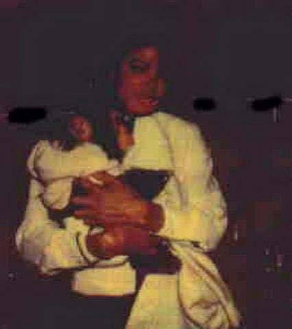 Collection MJ-Story : Michael et les animaux ^^ - Page 4 Michae29