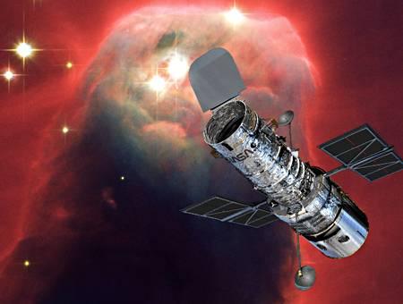[FCS MAG] Préparation du N°2 - Page 5 Hubble10