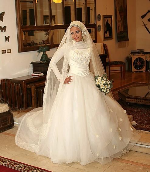 تمتعي بلباسك الشرعي يوم زفافك 26_57_10