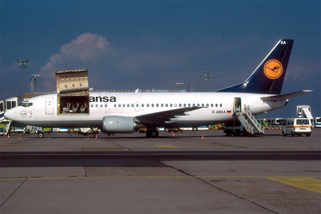 737 in FRA - Page 2 733_lu10