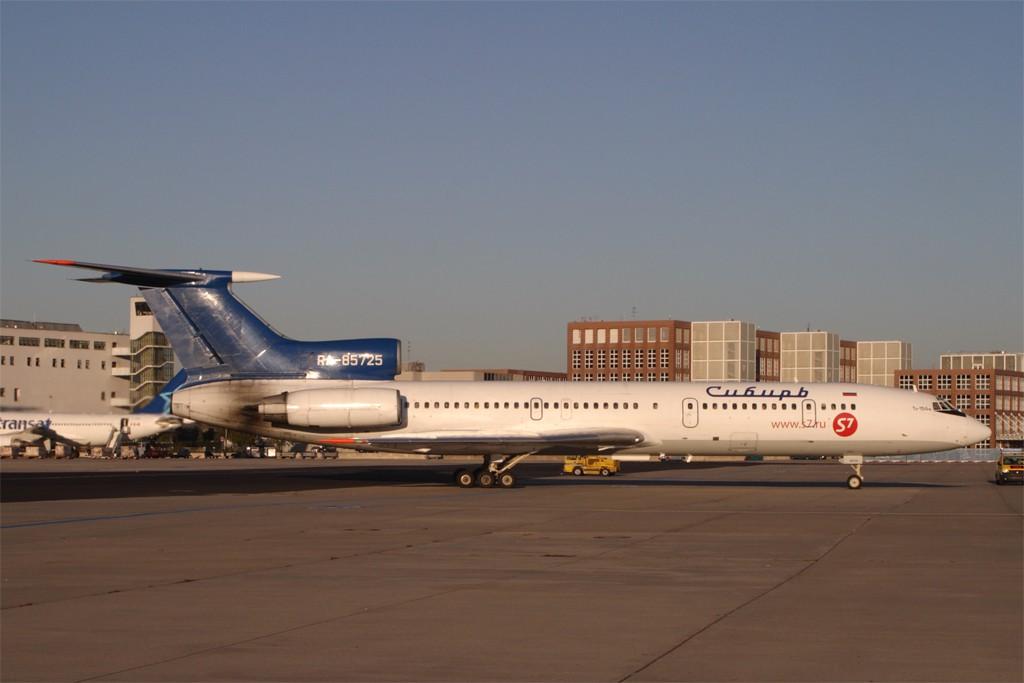 TU-154 in FRA - Page 4 Tu154_20