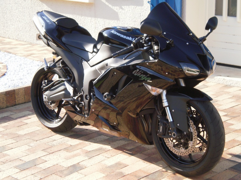zx6r full black and full power P5230115