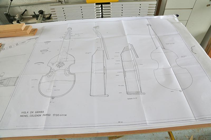 [Lutherie] Viole de gambe à 7 cordes. - Page 5 08_aou12