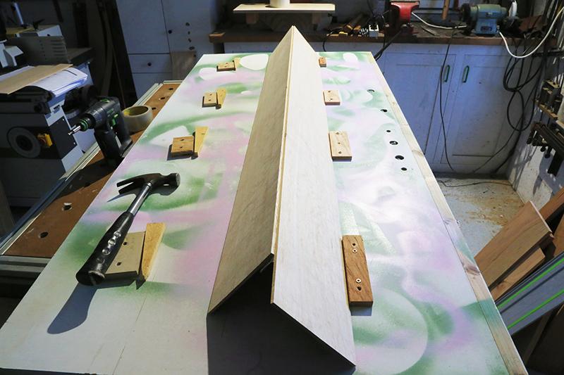 [Lutherie] Fabrication d'un clavecin. - Page 6 08_mar10