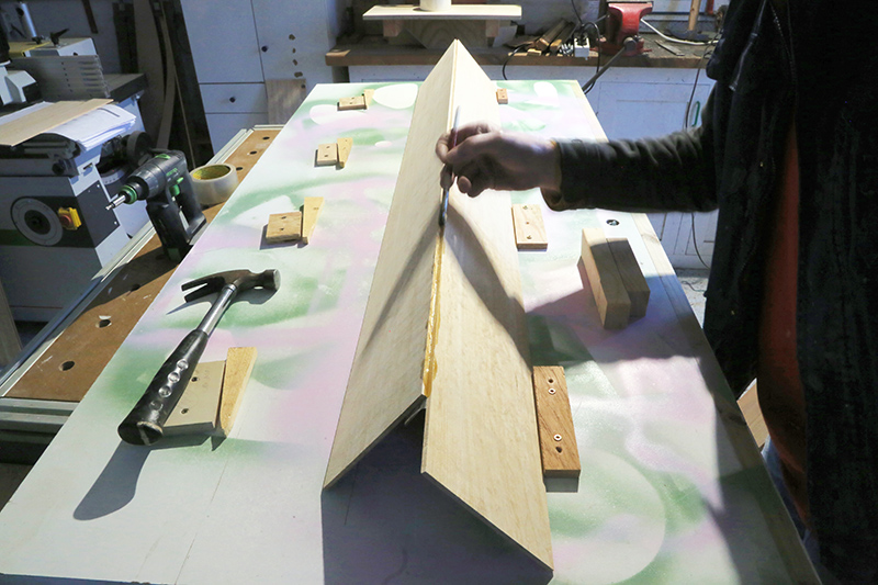[Lutherie] Fabrication d'un clavecin. - Page 6 08_mar11