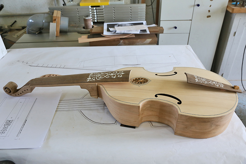 [Lutherie] Viole de gambe ténor. - Page 10 09_avr13