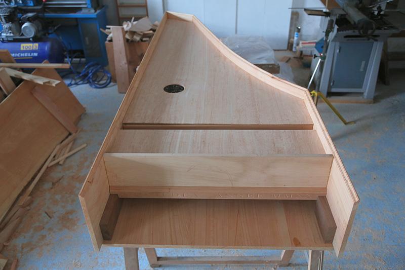 [Lutherie] Fabrication d'un clavecin. - Page 7 12_mar23