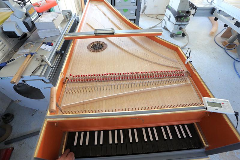 [Lutherie] Fabrication d'un clavecin. - Page 28 14_aou14