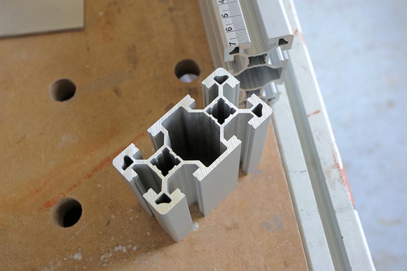 [Fabrication] Guide de coupe angulaire pour scie à format II 19_jui45