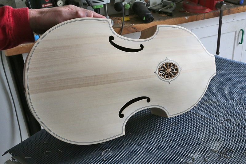 [Lutherie] Viole de gambe ténor. - Page 8 19_mar13