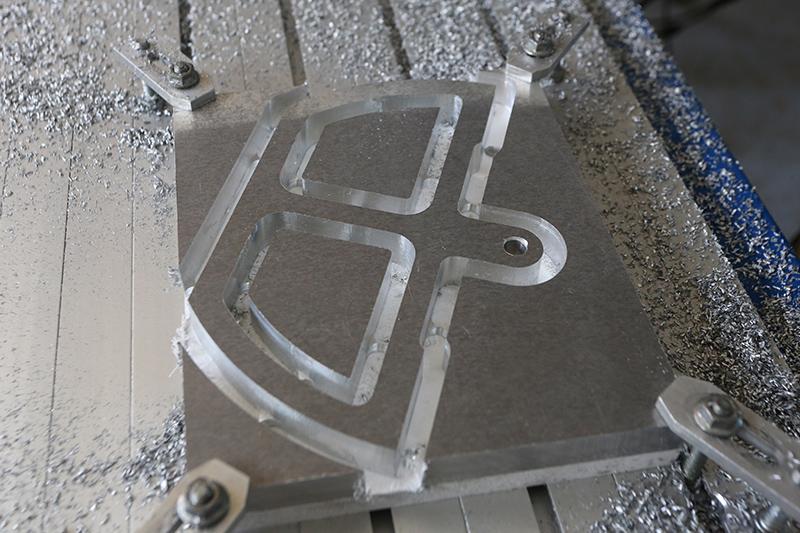 [Fabrication] Guide de coupe angulaire pour scie à format II 20_jui46