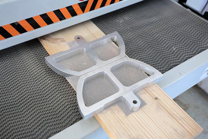 [Fabrication] Guide de coupe angulaire pour scie à format II 21_jui29
