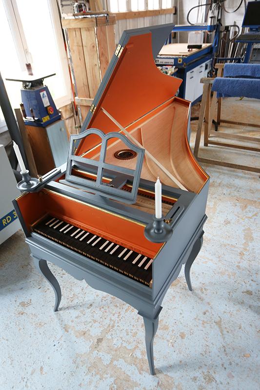 [Lutherie] Fabrication d'un clavecin. - Page 23 21_mai29