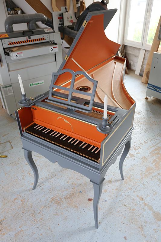 [Lutherie] Fabrication d'un clavecin. - Page 23 22_mai27