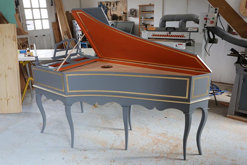 [Lutherie] Fabrication d'un clavecin. - Page 23 23_mai44