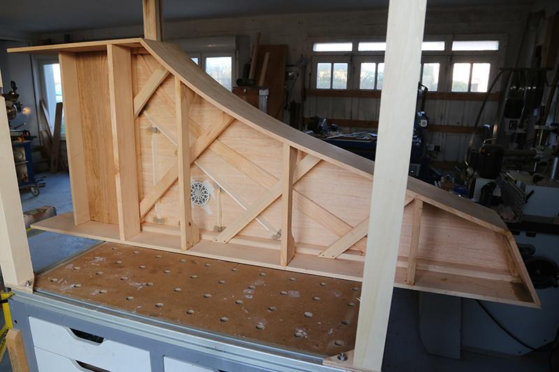 [Lutherie] Fabrication d'un clavecin. - Page 10 24_mar11