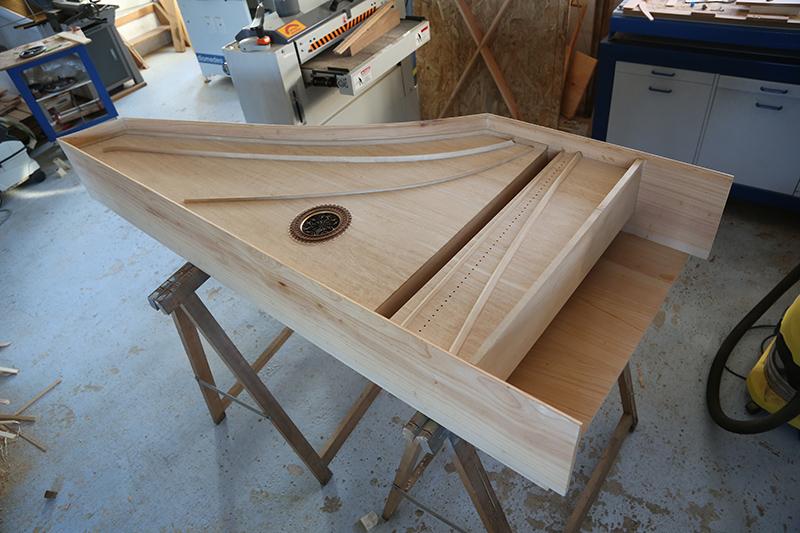 [Lutherie] Fabrication d'un clavecin. - Page 10 24_mar18
