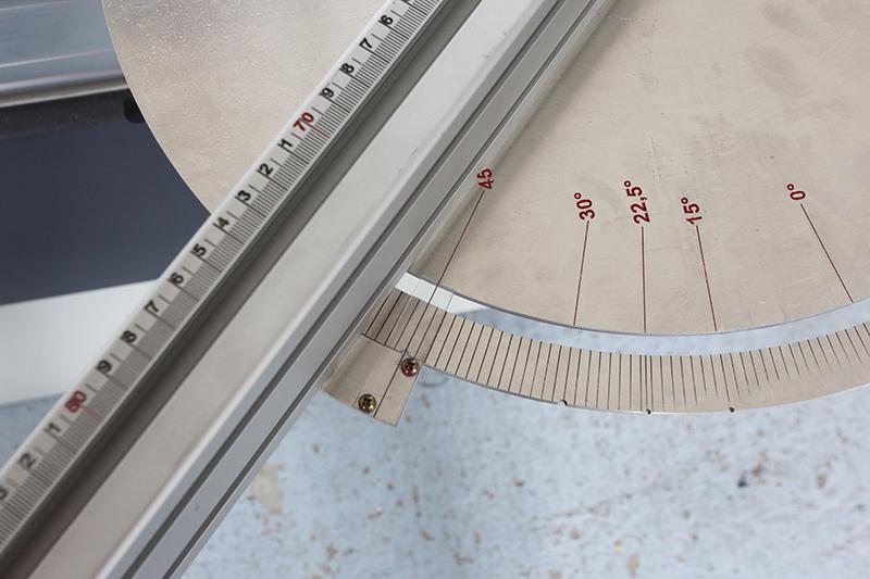[Fabrication] Guide de coupe angulaire pour scie à format II - Page 3 26_jui26