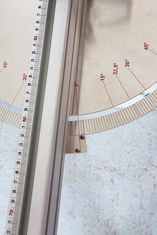 [Fabrication] Guide de coupe angulaire pour scie à format II - Page 3 26_jui29
