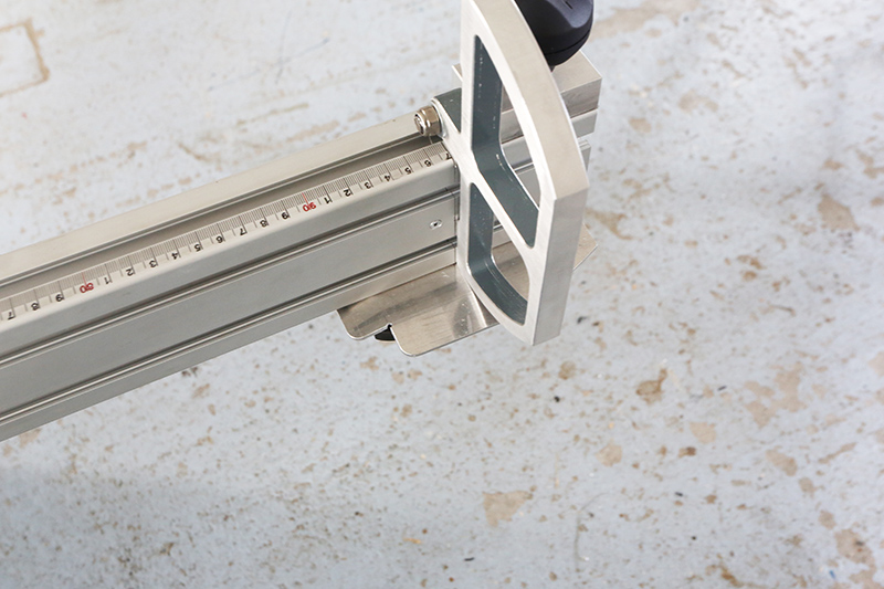 [Fabrication] Guide de coupe angulaire pour scie à format II - Page 3 27_jui17